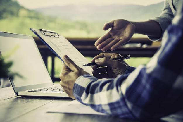Buscar recursos humanos eficientes más que multitasking