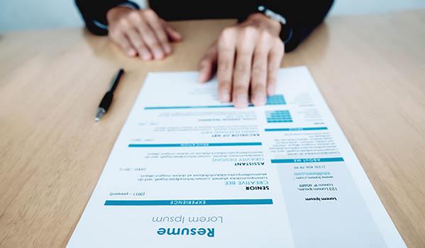 Dale un impulso a tu CV al acreditar tu experiencia y formación laboral