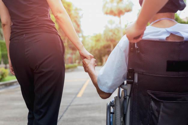 Atencion sociosanitaria - Se buscan trabajadores sociosanitarios